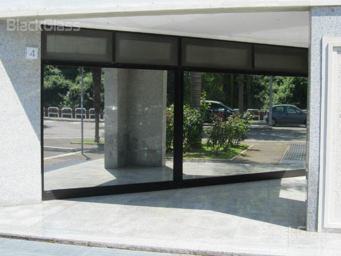 Pellicole riflettenti blackglass pellicole a controllo solare vetri - Pellicole oscuranti per finestre ...