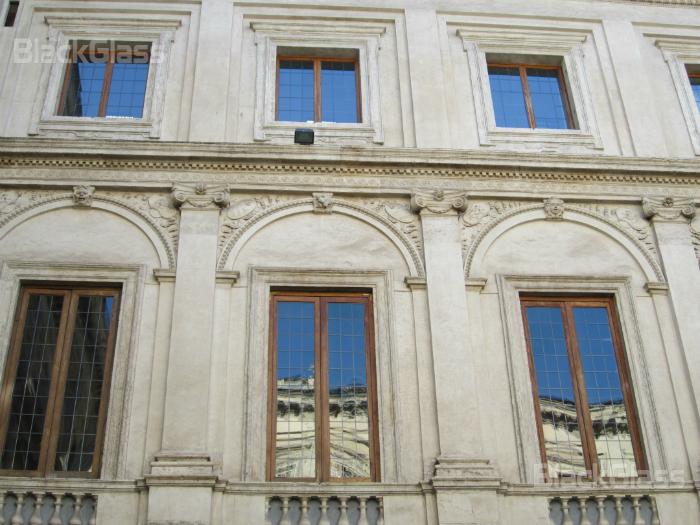 Pellicole riflettenti blackglass pellicole a controllo - Vetri termici per finestre prezzi ...